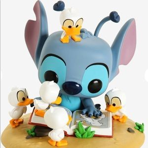 Stitch with Ducks 💙Funko Pop